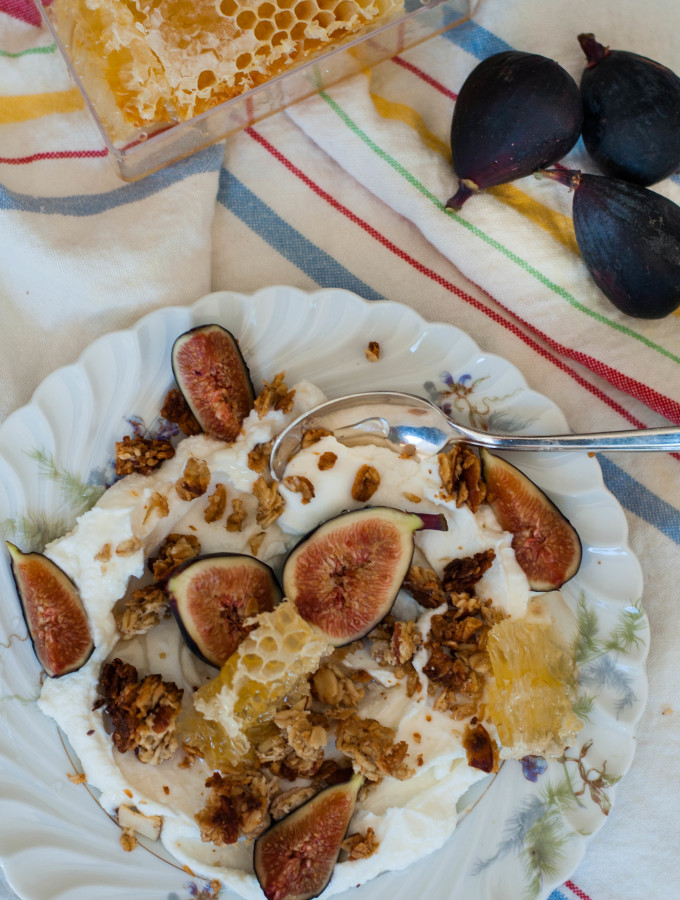 Tahini & Honeycomb Granola, Fresh Figs, & Yogurt