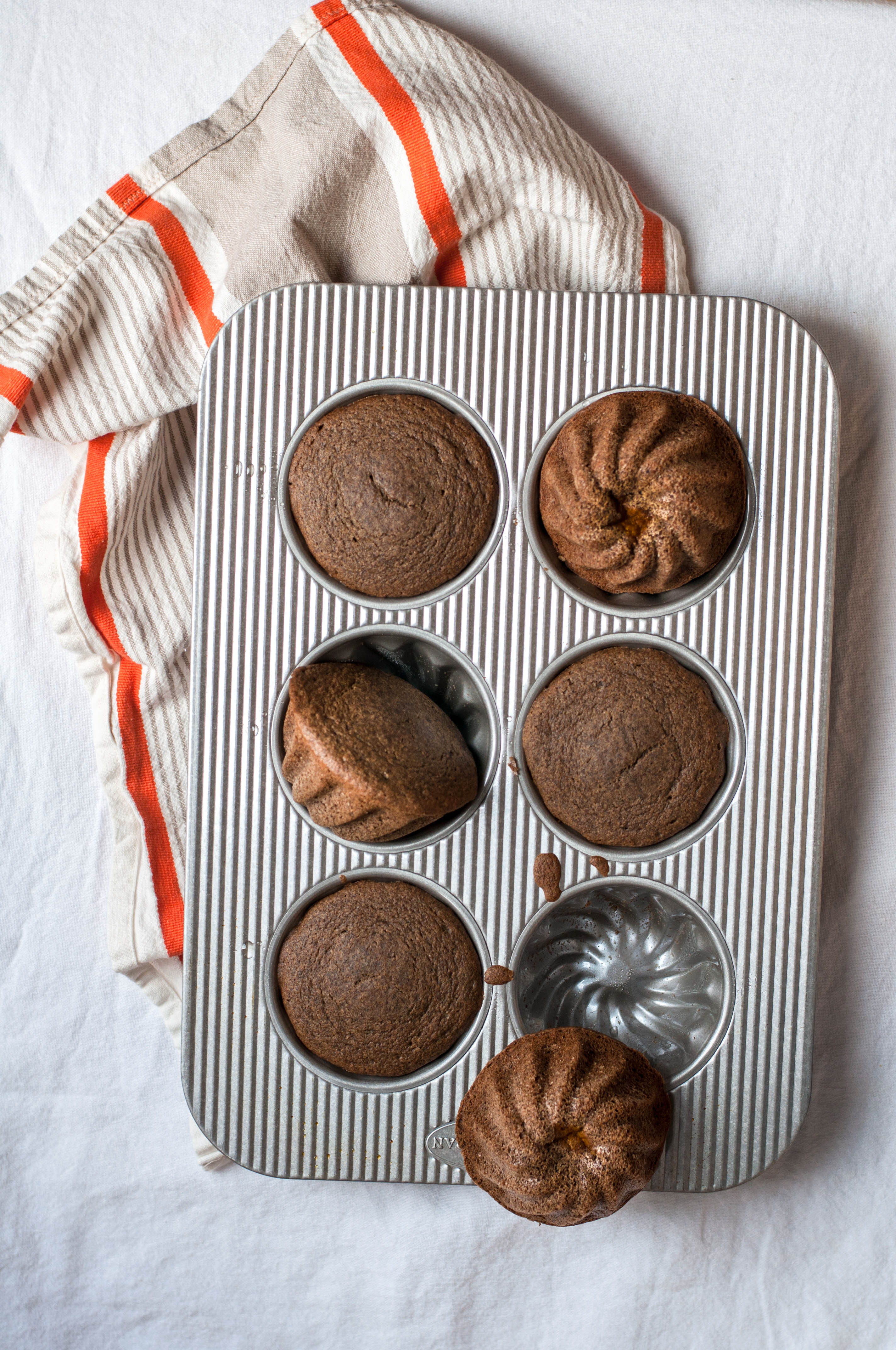 Mini Buttercup Squash Spice Cakes - The Scratch Artist